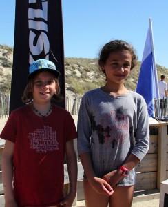 Maya Bouchga (à droite) s'impose devant Lou Peter.